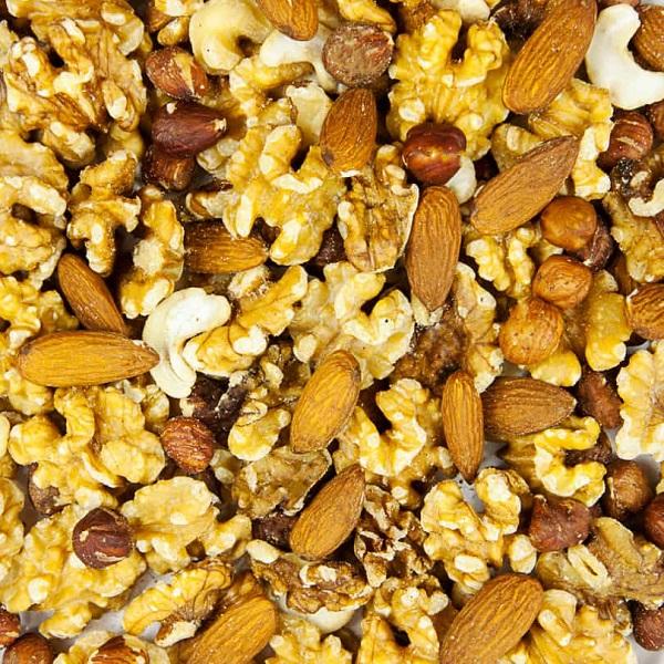 21-thuc-pham-tot-cho-nguoi-tieu-duong12-nuts